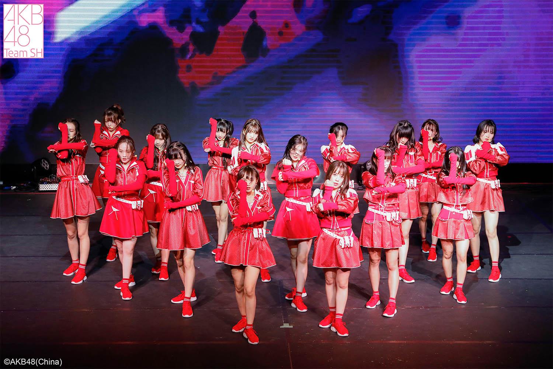 AKB48 Team SH 见面会惊喜不断.jpg
