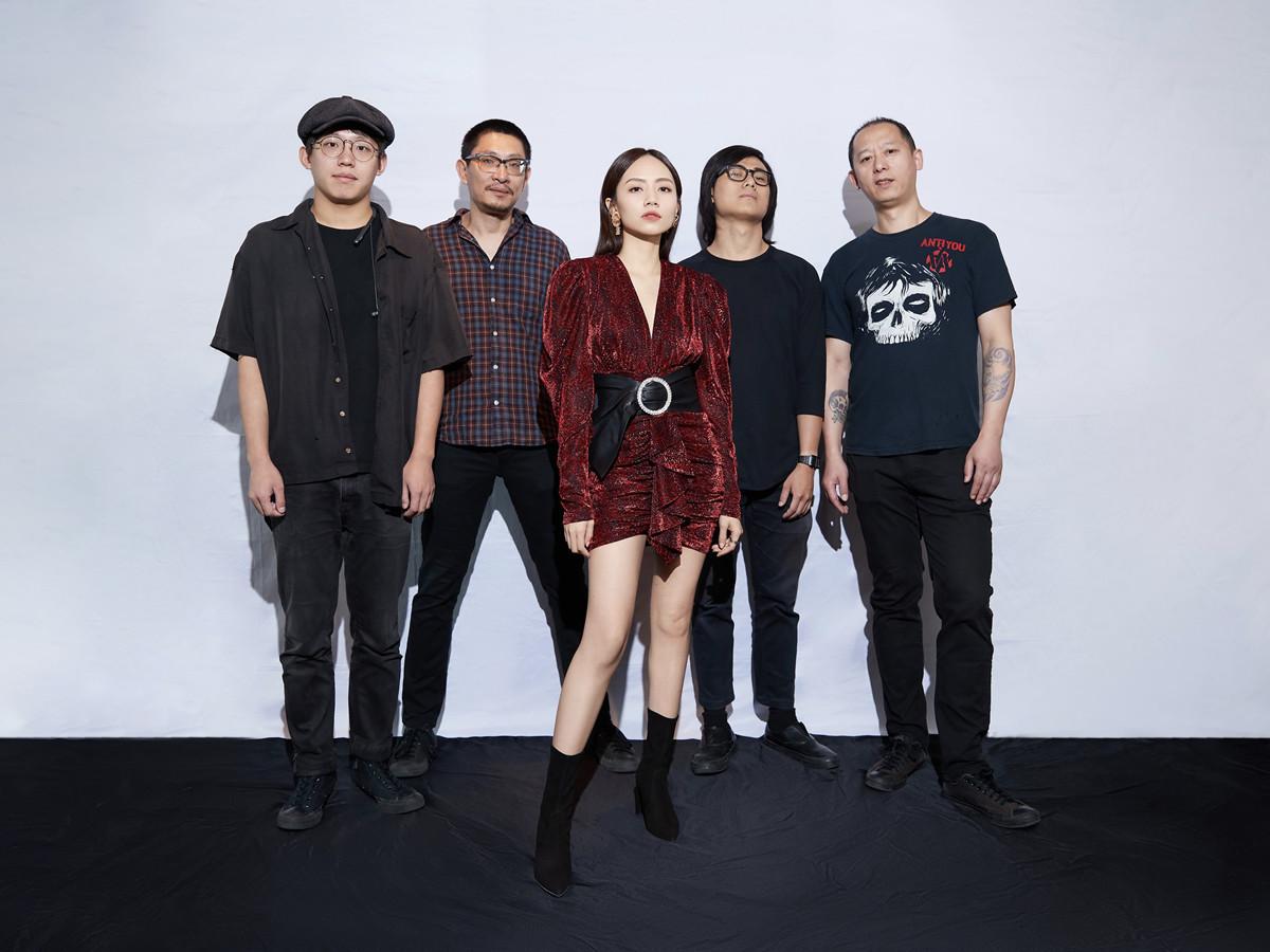 刘惜君参加麦田音乐节.jpg