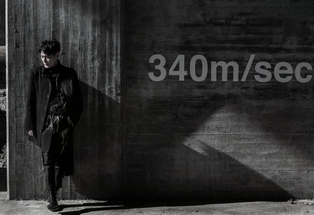 张信哲《慢慢走》MV.jpg