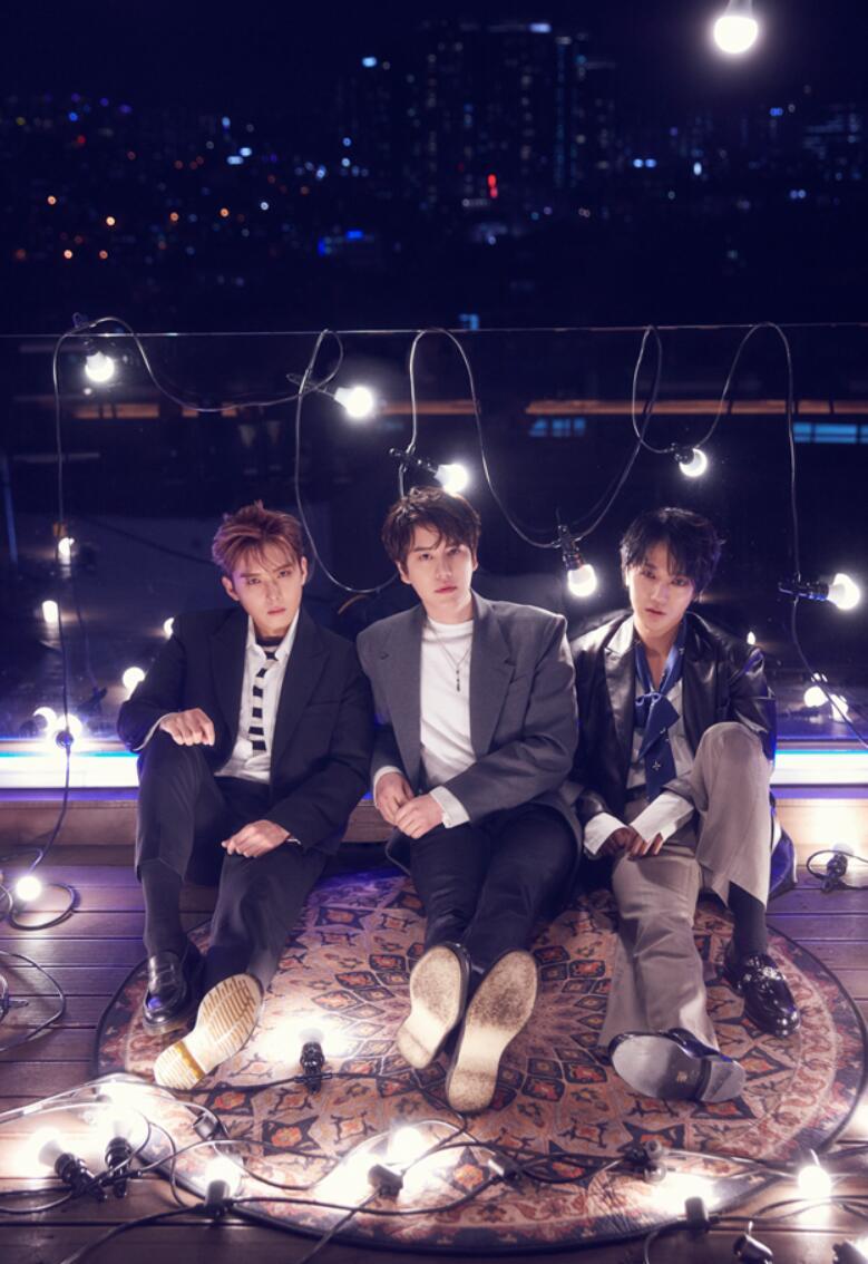 SUPER JUNIOR-K.R.Y.迷你1辑官方图片.jpg