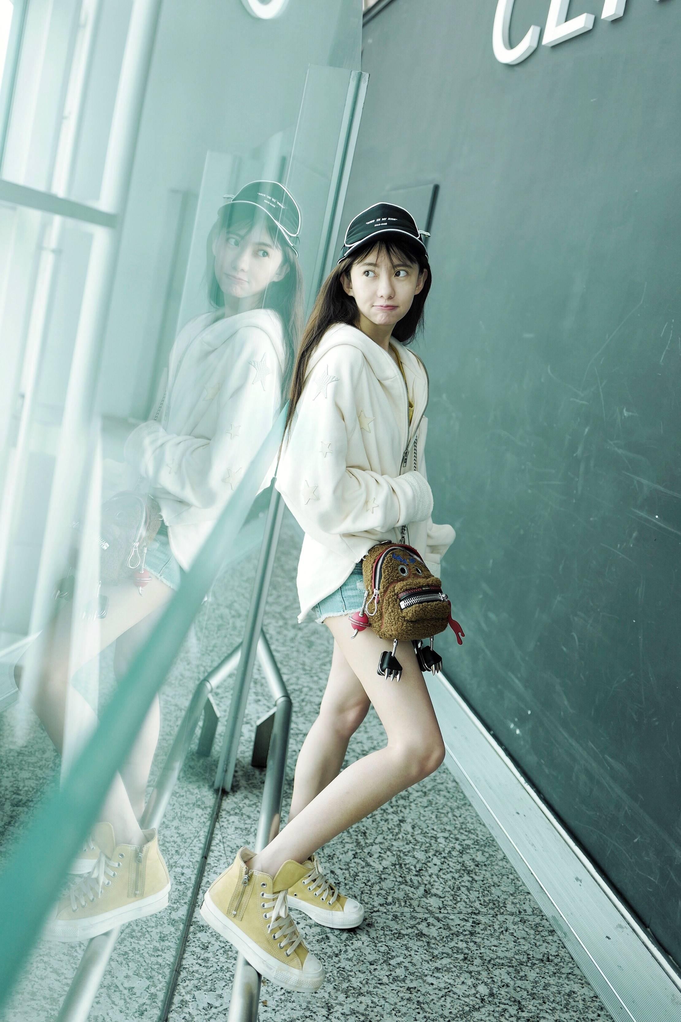 刘萌萌私服写真5.jpg