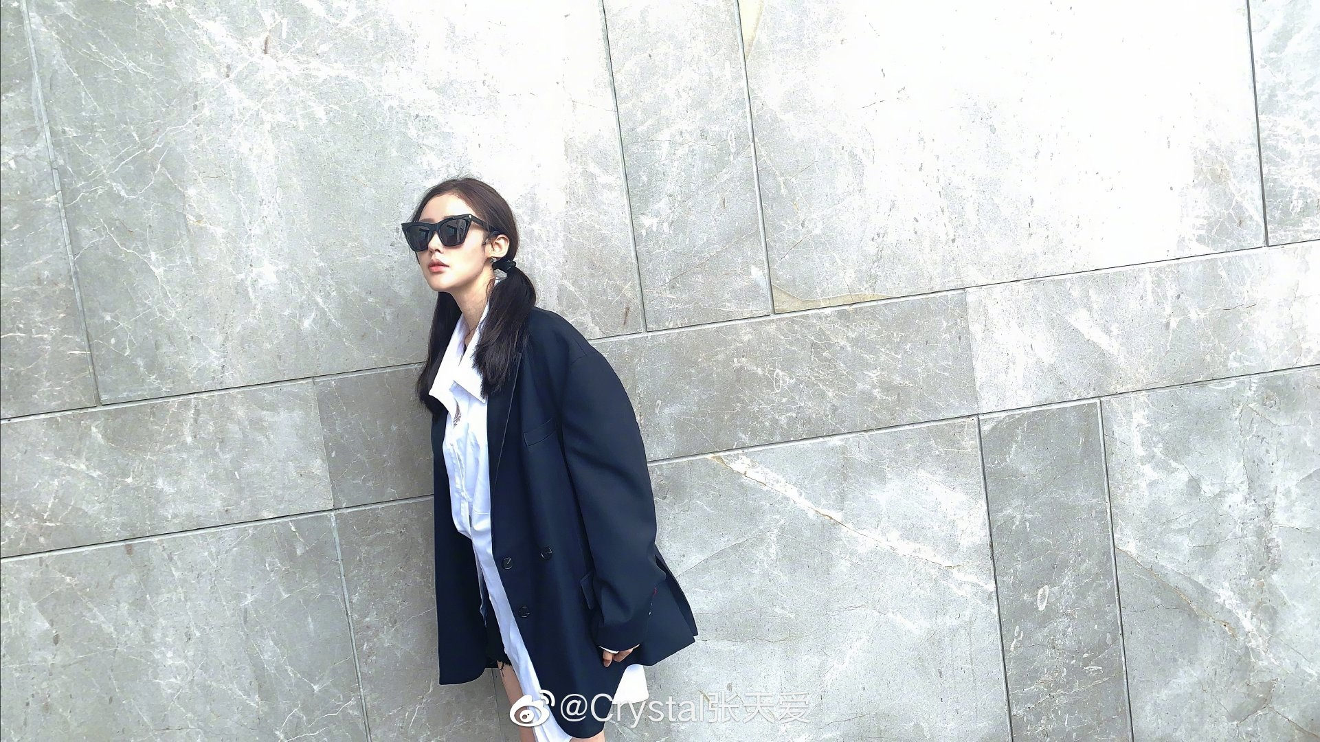 张天爱黑色look.jpg