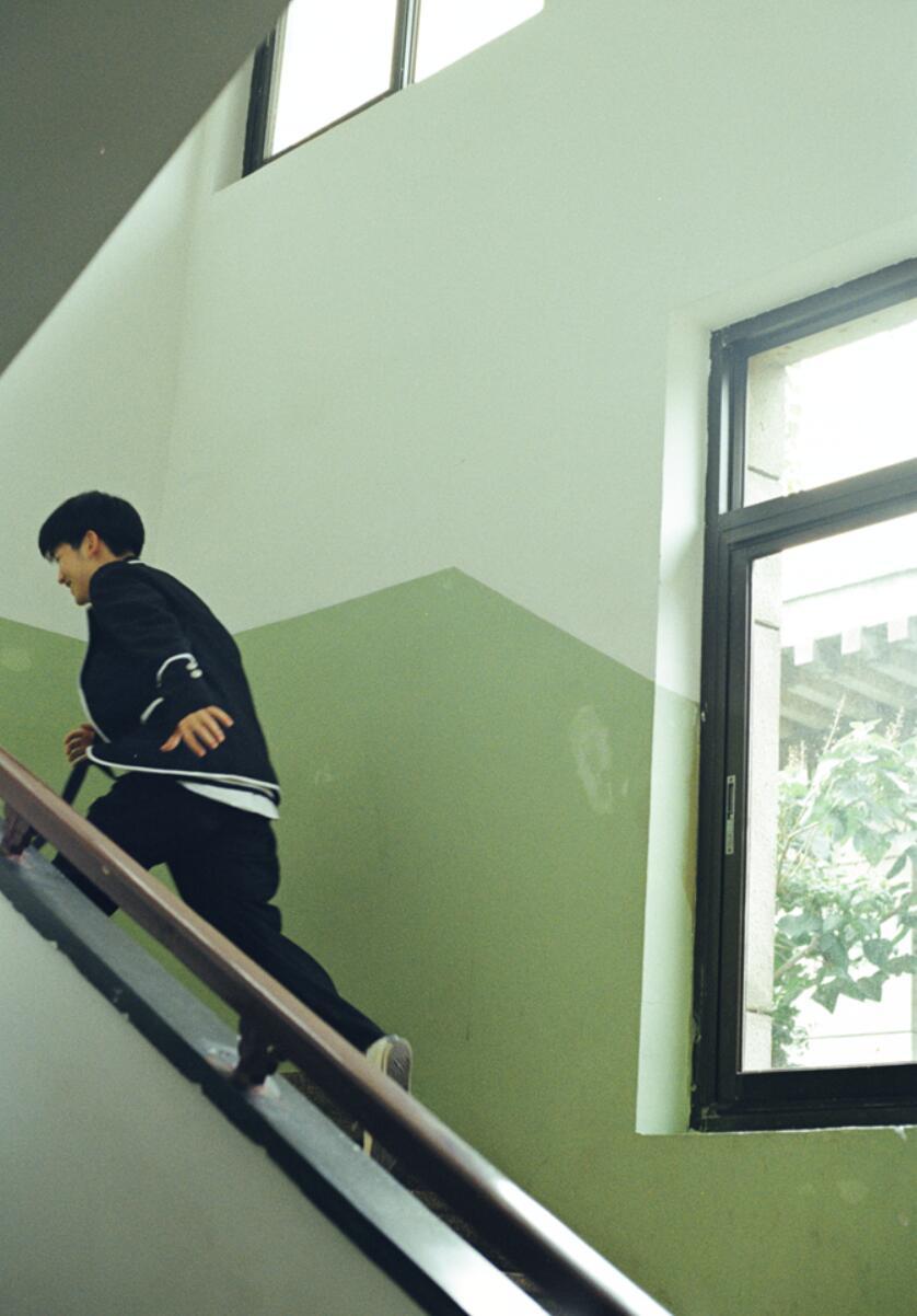 郭丞校园风写真2.JPG