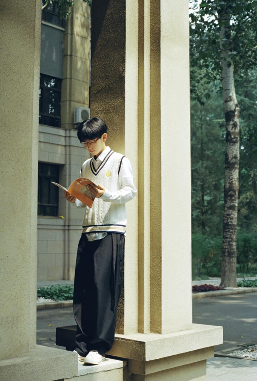 郭丞校园风写真4.JPG