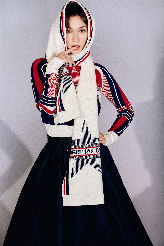 卢靖姗可爱俏皮时尚感造型.jpg