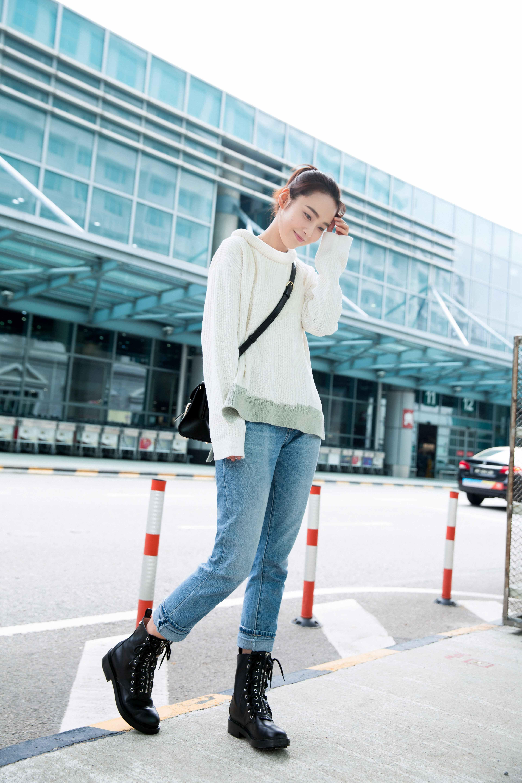 张佳宁机场look甜美灵动4.jpg