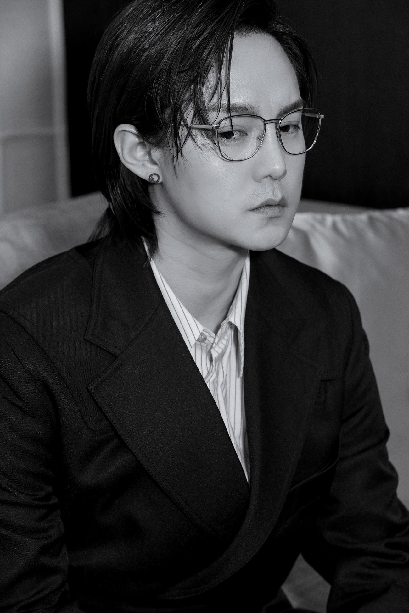 尹正 青年演员.jpg
