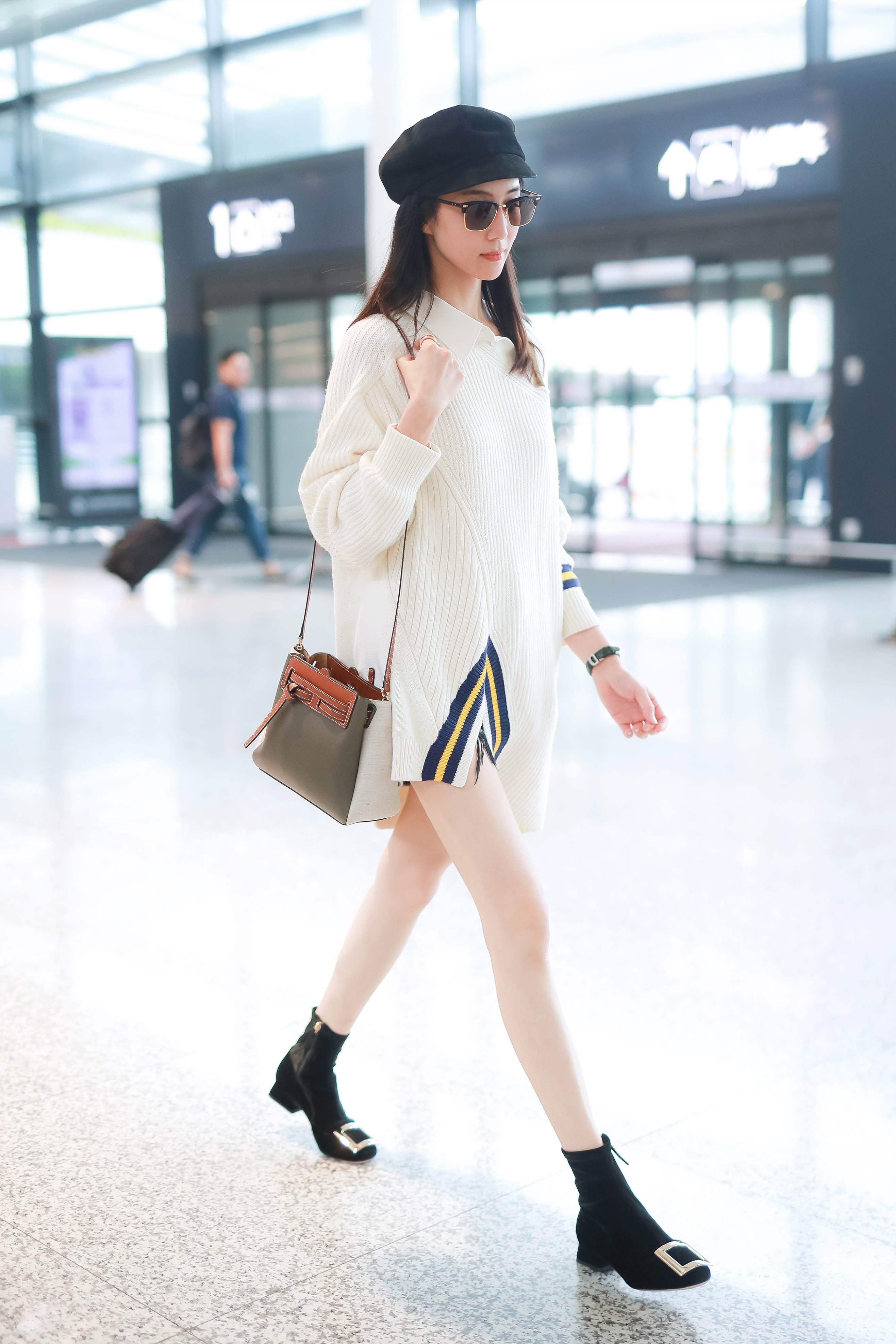 张钧甯上海机场5.jpg