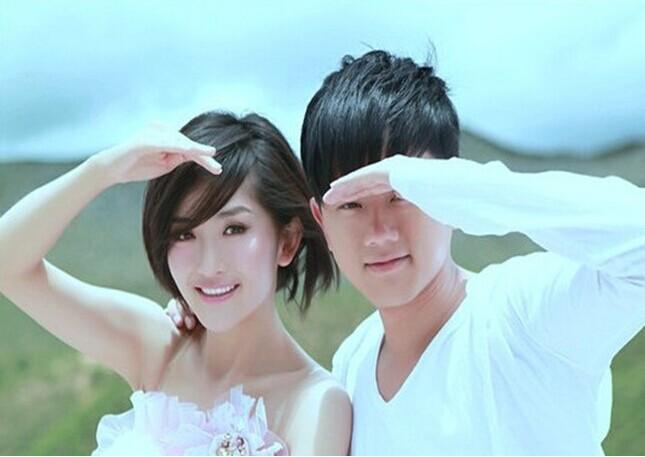 谢娜张杰喜获双胞胎女儿5.jpg