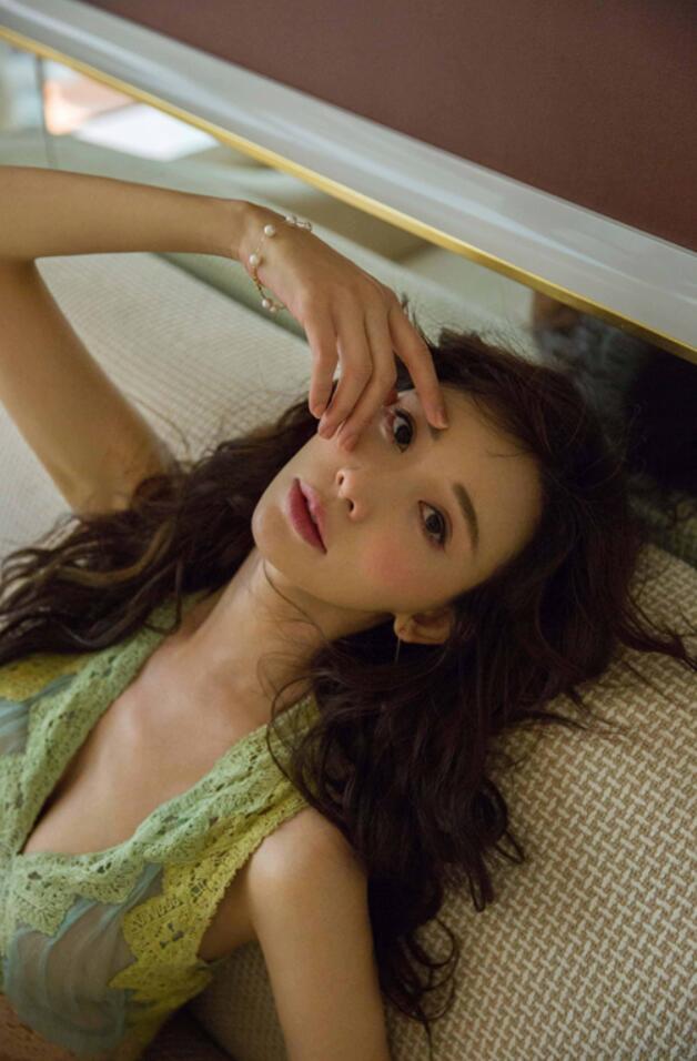 林志玲获公益跨界两项大奖 温柔献唱年度公益歌曲1.jpg