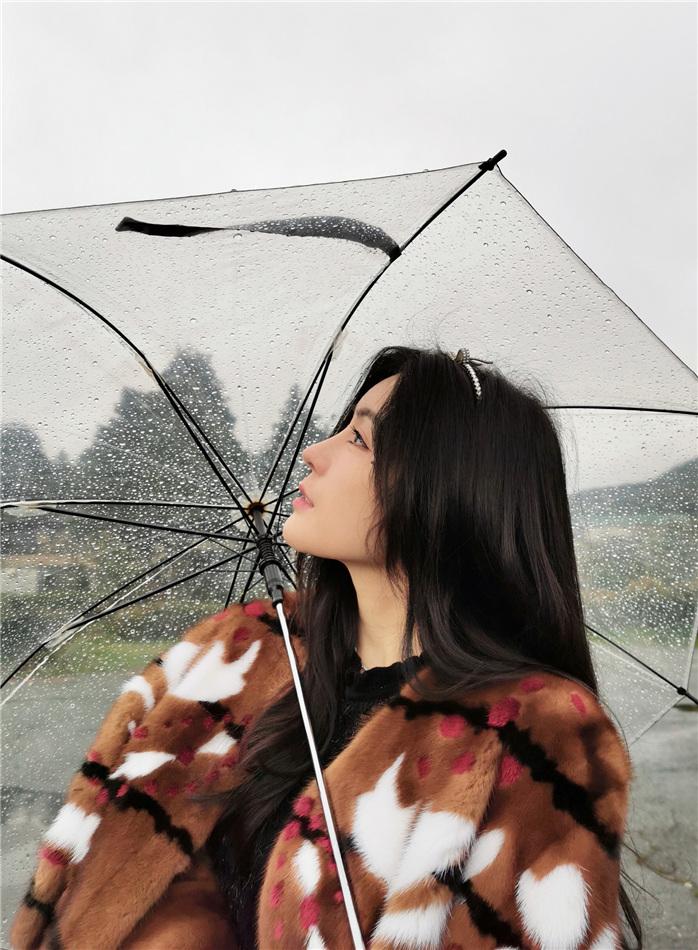 汤晶媚雨中序曲.jpg