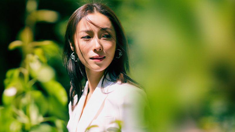 江一燕挑战编剧新身份 受到港媒夸赞.png