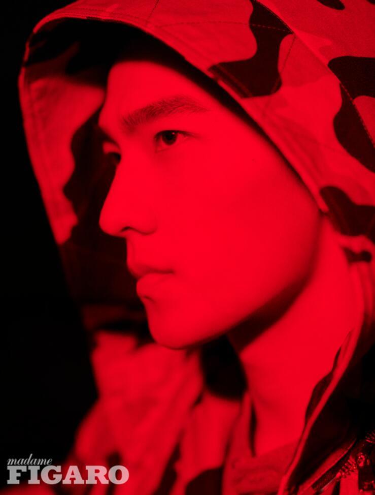 杨洋4.jpg
